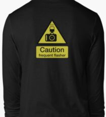 Caution, frequent flasher - Photographer shirt T-Shirt