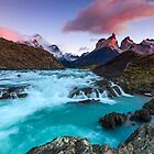 Buenos Díaz Patagonia by Lubos Bruha