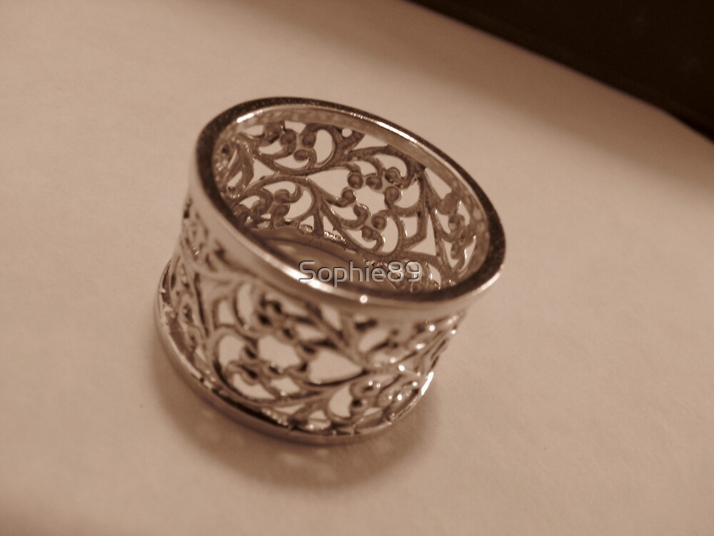 Ring by Sophie89