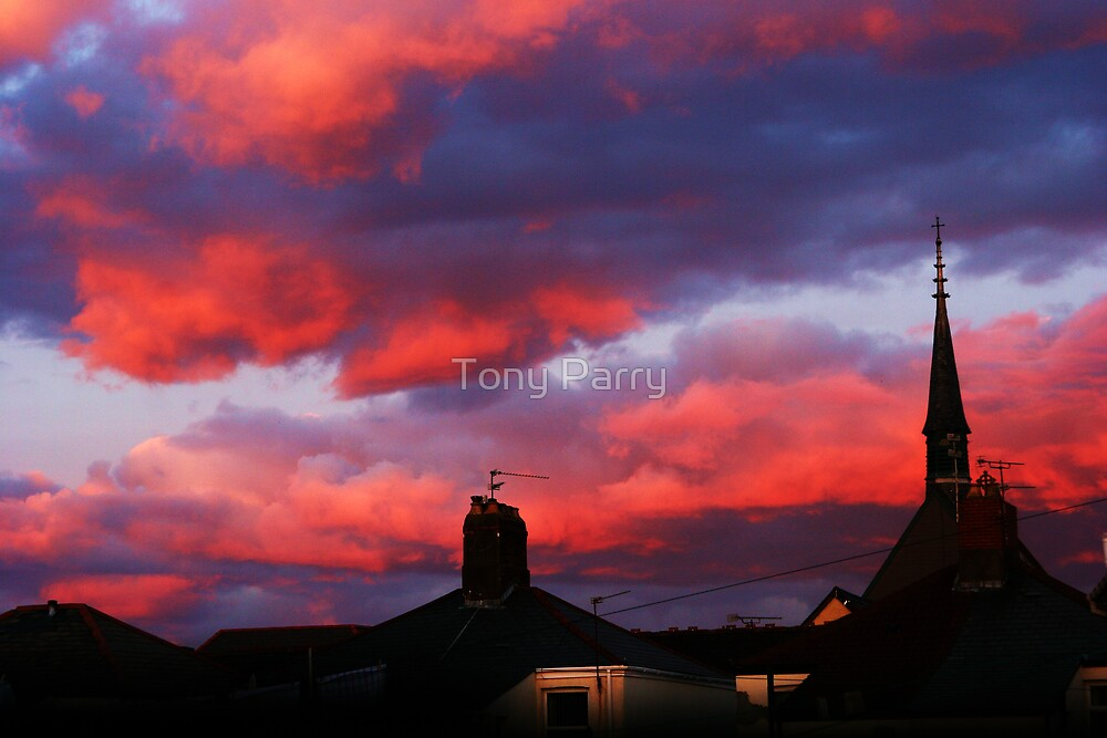 RED STORM OVER CARDIFF by Tony Parry