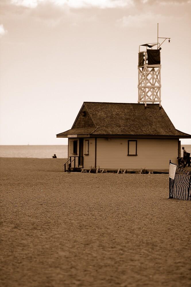 Toronto Beach Guard House by tashunka