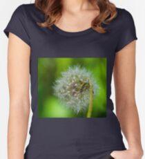 Flower macro Women's Fitted Scoop T-Shirt