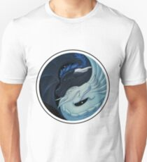 Day and Night: Love dragons T-Shirt