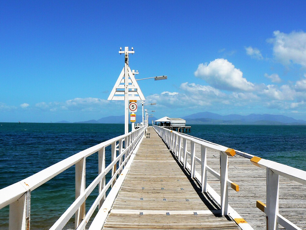 Magnetic Island Jetty by Gothy