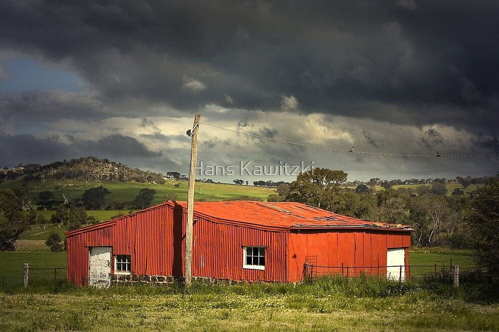 0840 Red shed by Hans Kawitzki