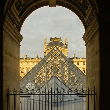 Waiting for the Louvre to Open by GeorgiaM