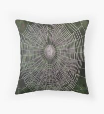 charlottes web Throw Pillow