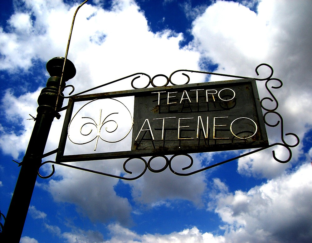 Teatro Ateneo by Glenn Browning