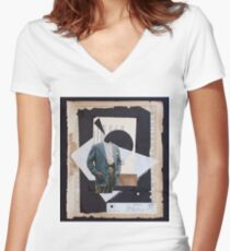 A man of distinction Women's Fitted V-Neck T-Shirt