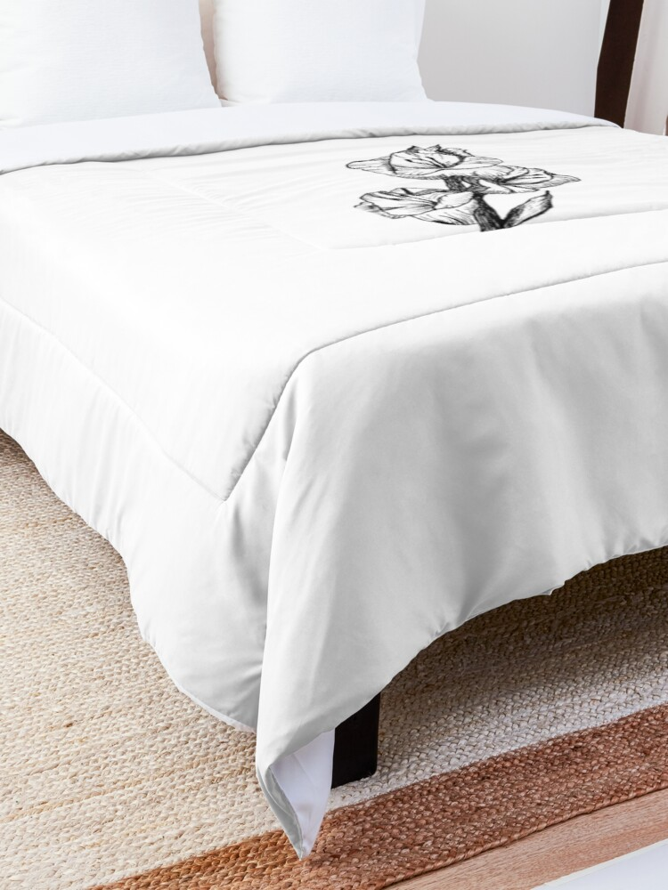 Alternate view of Pen and Ink Gladiolas Comforter