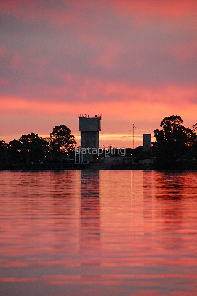 Fiery Watertower,  Renmark. S.A by patapping