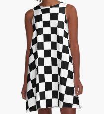 Kleines schwarzes weißes Karo Motorsport-Rennen-Flaggen-kariertes Rock-Kissen A-Linien Kleid