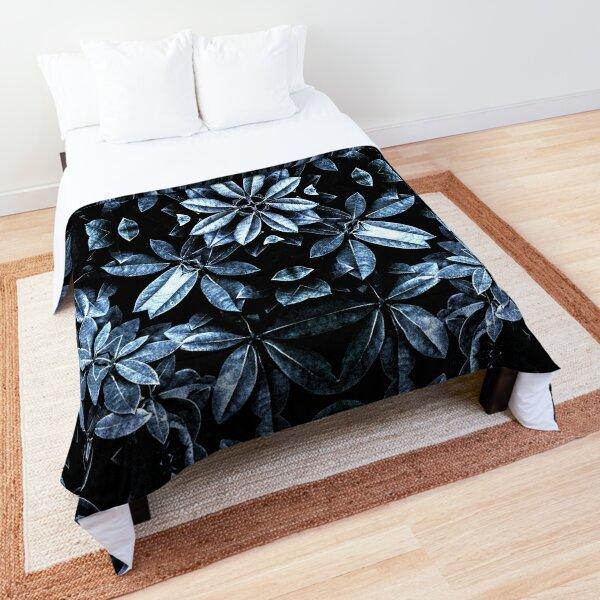 Metallic Leaves Mandala Comforter