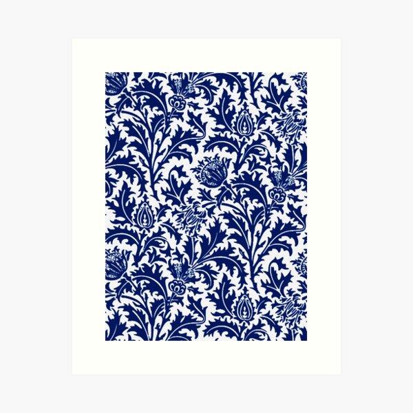 William Morris Thistle Damask, azul cobalto y blanco Lámina artística