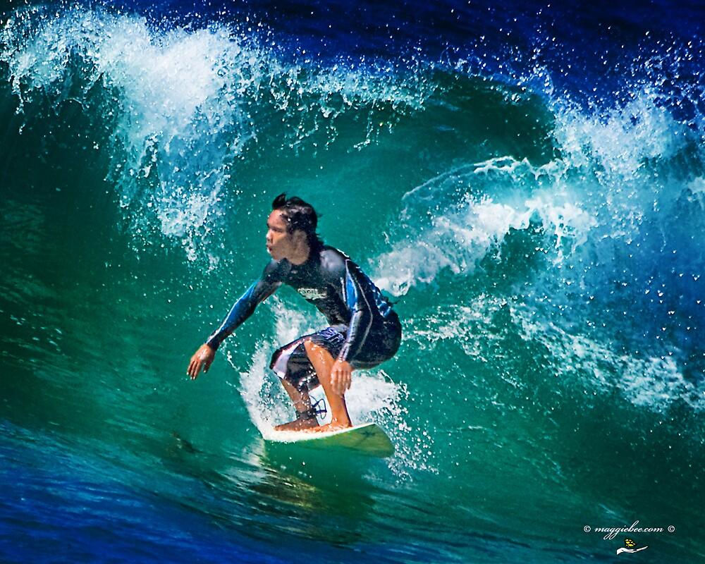 Surfs up at Redhead Beach by Maggiebee