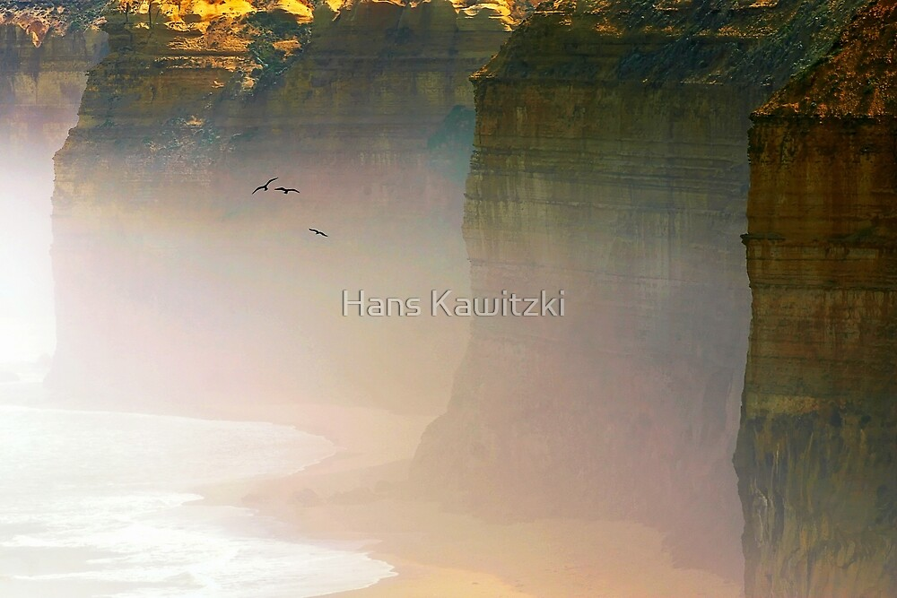 1069 Cliff Coast  by Hans Kawitzki
