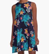 Meeresschildkröte mit Blumen A-Linien Kleid