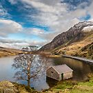 Winter At Llyn Ogwen by Adrian Evans