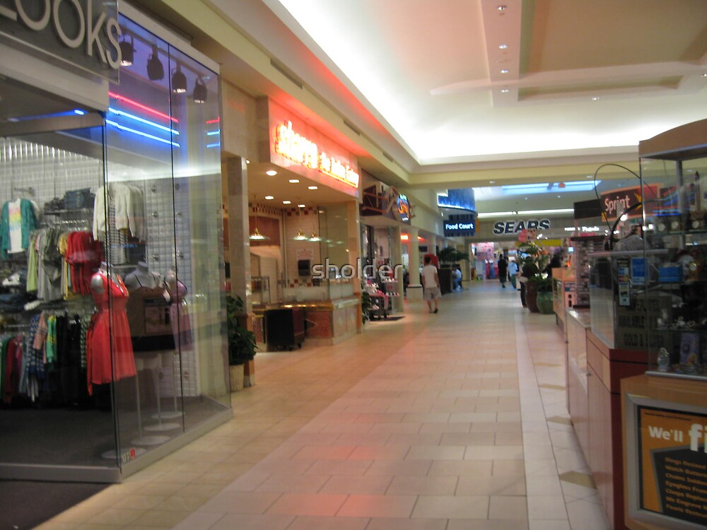 The mall on a quiet day by sholder