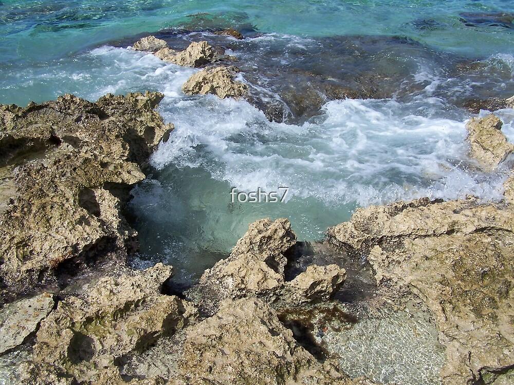 Cozumel Waves by foshs7