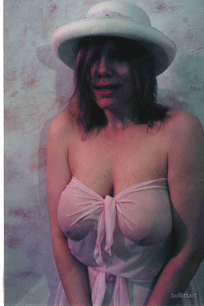 bonnet by bullittart
