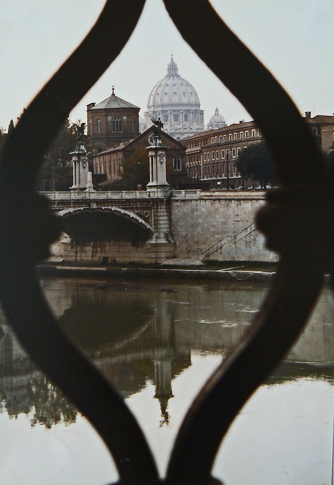Different View of the Vatican by avocet