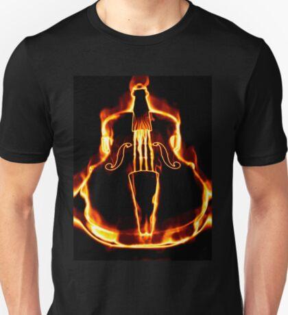 Klassische Geige in der Flamme T-Shirt