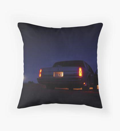 Desert road trip Throw Pillow