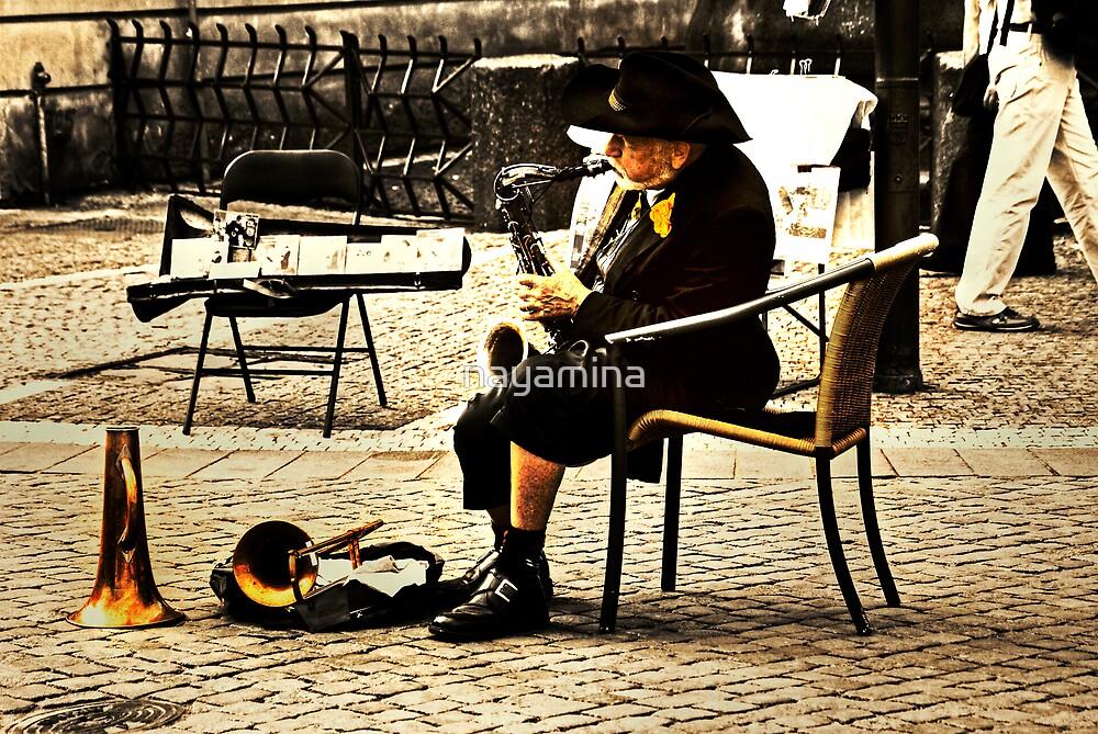 Sax player in Prague by nayamina