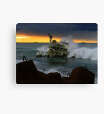 power generated by waves Canvas Print