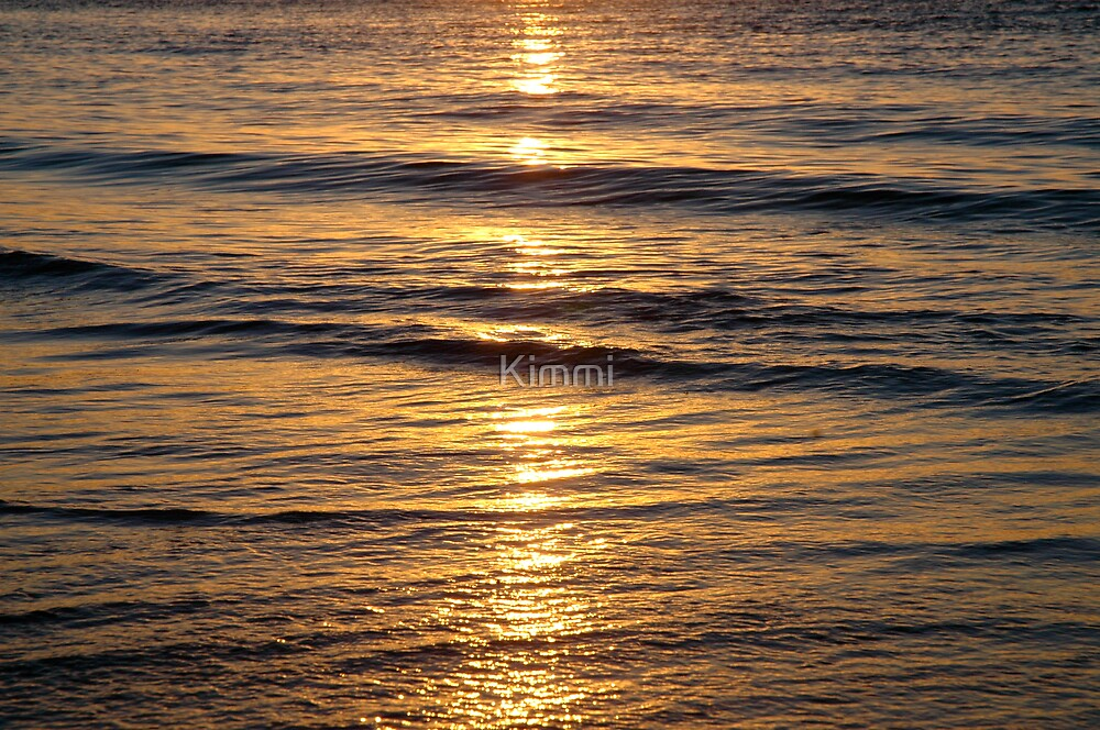 Waves by Kimmi