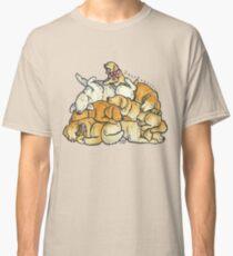 Sleeping pile of Golden Retriever dogs Classic T-Shirt