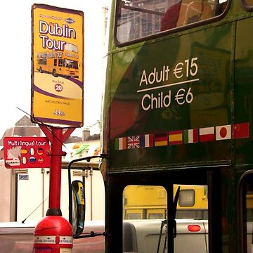 Dublin bus tours ... by SNAPPYDAVE