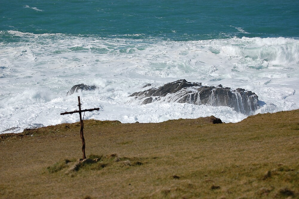 Cross on Headland Newquay by sandrab