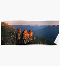 Sisters Stickin Together - The Blue Mountains - The HDR Series Poster