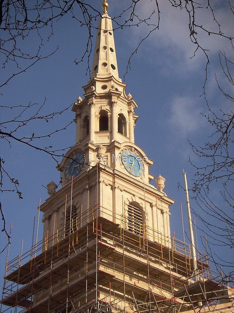 St. Martin-in-the-Fields (under construction1) by Les Magee
