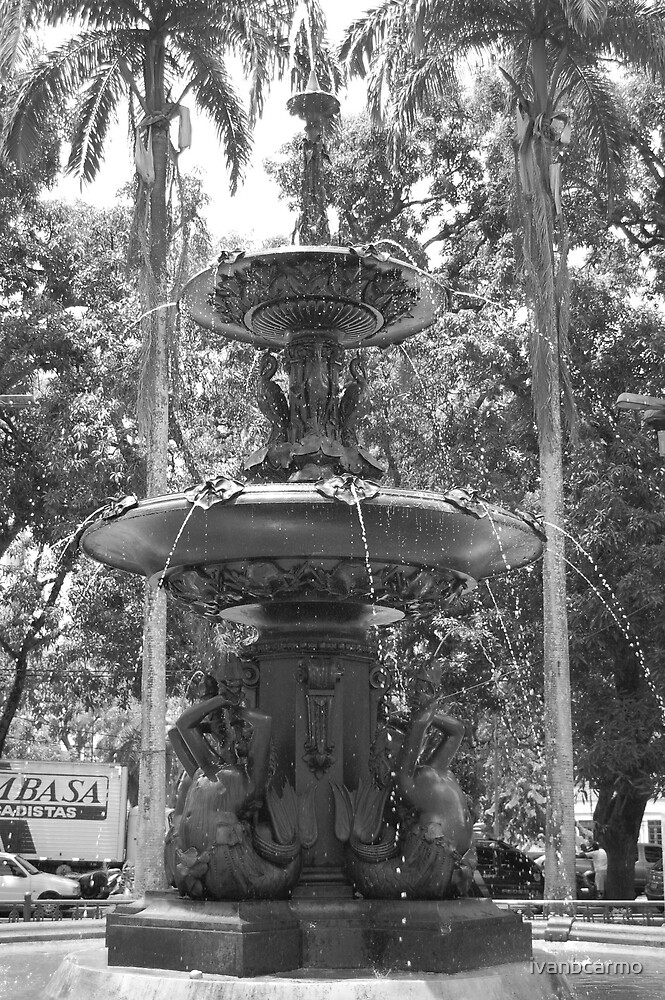 Old water fountain. by ivanbcarmo