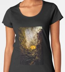 cave with colourful textured walls Women's Premium T-Shirt