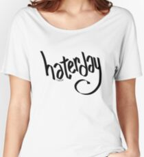 hating everyday Women's Relaxed Fit T-Shirt