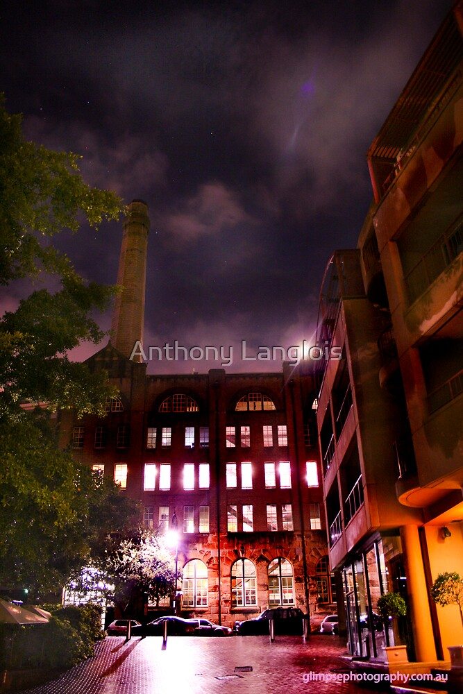 alleyway... by Anthony Langlois