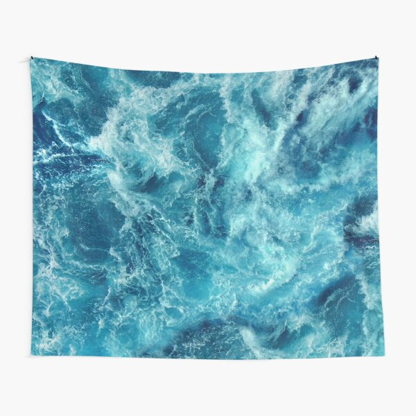 Ocean is shaking Tapestry