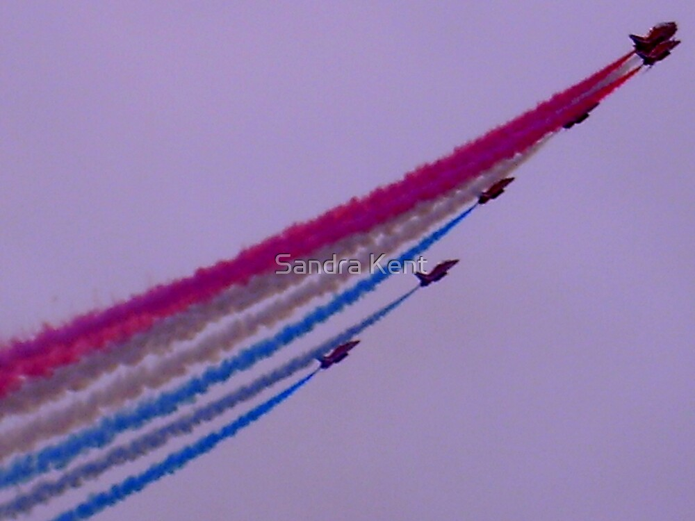 Air Show Southend on Sea by Sandra Kent