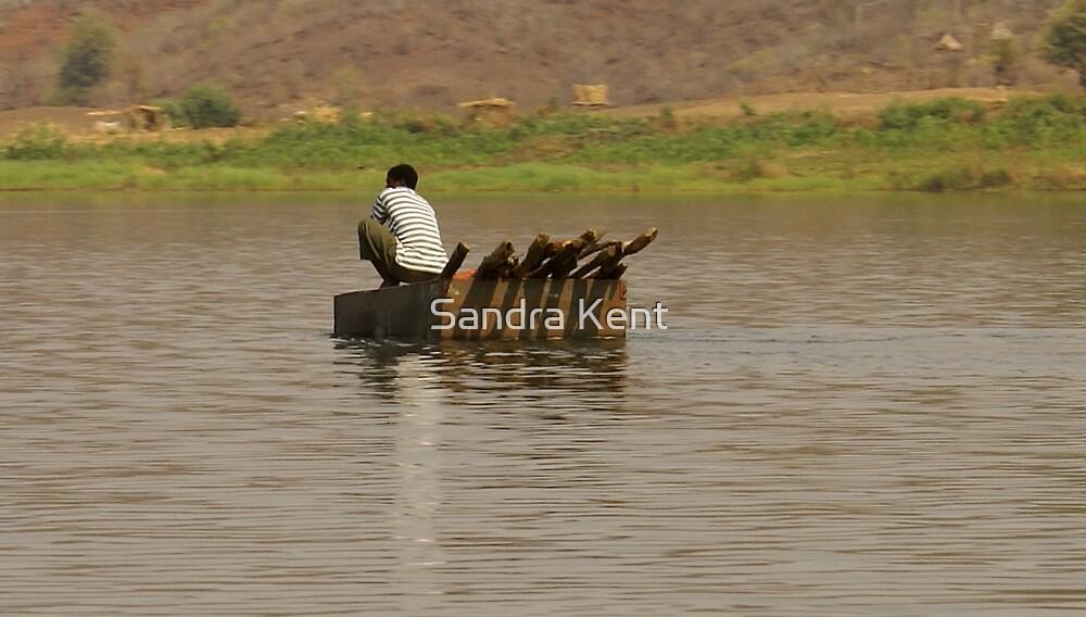 Man in a Tin Tub tugging down the Zambezi River - Zimbabwe by Sandra Kent