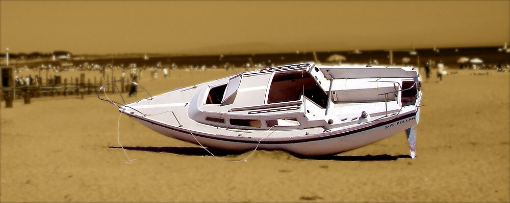 Beach Boat! by Carl Goulding
