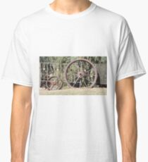 Rusty Wheels, Tilpa Hotel, NSW Classic T-Shirt