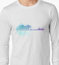 Guitar in the city Long Sleeve T-Shirt