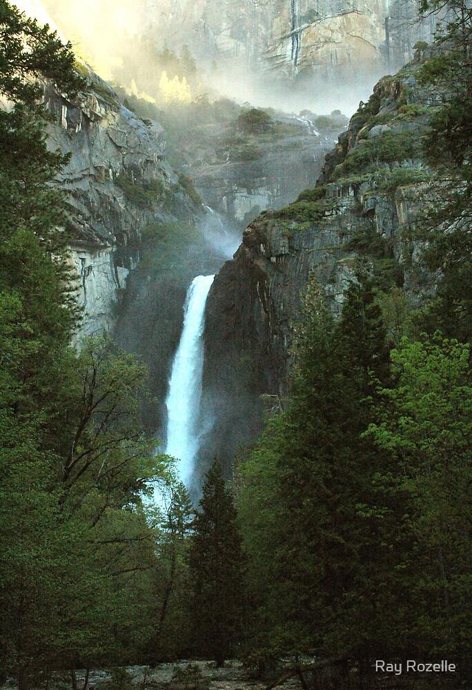 Yosemite Falls by Ray Rozelle