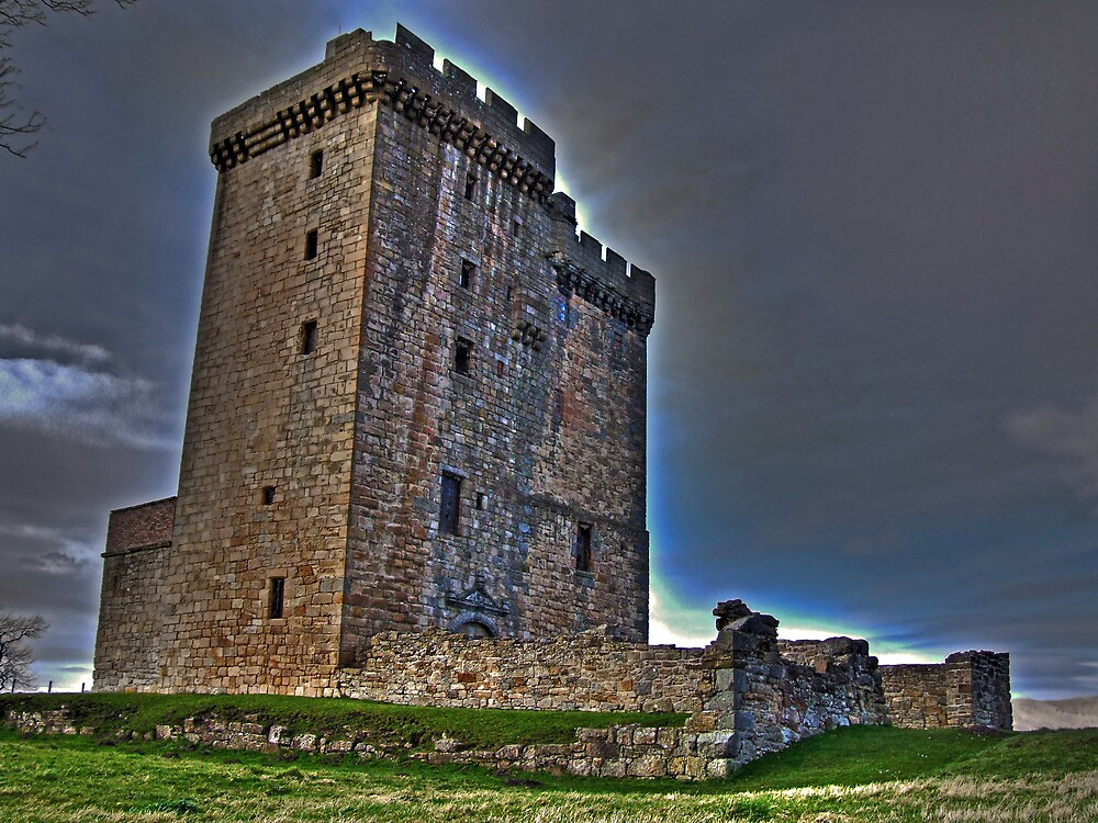 Clackmanan Tower by davey lennox