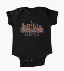 Body de manga corta para bebé Space Needle Seattle Washington Skyline creado con Lego Like Blocks