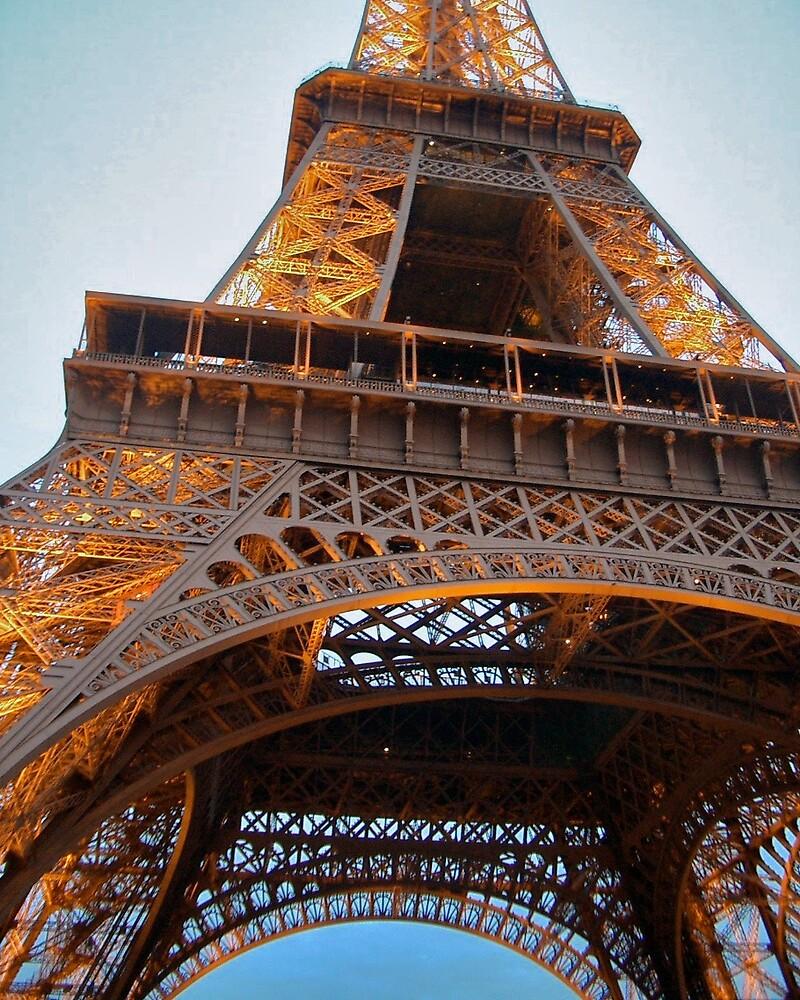 Le Tour Eiffel by Amy Dokken
